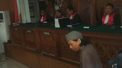 Terdakwa Bom Thamrin Dituntut Hukuman Mati