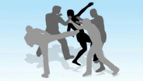 Anggota Polres Jaktim Babak-belur Dikeroyok Massa, Ini Penyebabnya