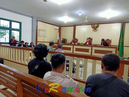 Jaksa Tuntut Dua Terdakwa Dugaan Pemalsuan SK Menhut 2 Tahun 6 Bulan Penjara