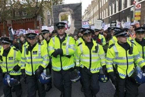 Kematian Pria Ini Telah Menimbulkan Solidaritas Muslim Inggris
