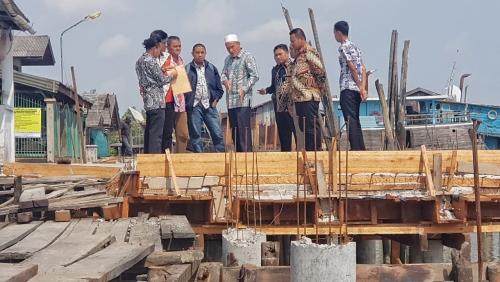 Wabup Said Hasyim Tinjau Pembangunan Pelantar Sungai Juling