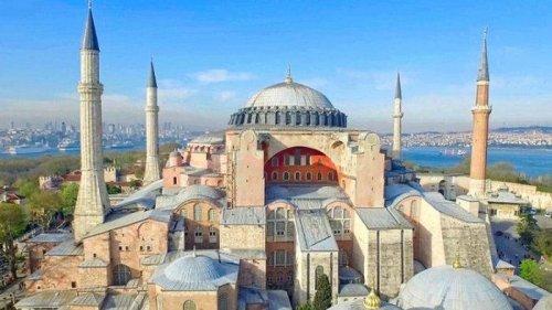 Senyap Ketika Masjid Usia 8 Abad Dijadikan Israel Bar, Dunia Heboh Saat Turki Ubah Museum Jadi Masjid