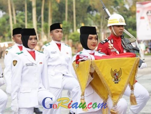 Ternyata, Pembawa Baki Penurunan Bendera di Kantor Gubernur Riau Tidak Beritahu Orangtua Daftar Paskibra dan Suka Puasa