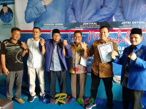 Mengejutkan, Indra Putra dan Suhardiman Amby Mendaftar ke Demokrat untuk Pilkada Kuansing 2020