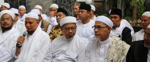 KH Arifin Ilham Imbau Umat Islam Tak Demo Lagi, Saatnya Mengawal Proses Peradilan Ahok
