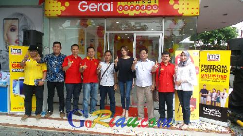 Lebih Dekat dengan Pelanggan, Indosat Ooredoo Buka Gerai di Plaza Senapelan Pekanbaru