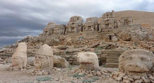 Kisah Namrud, Raja Zalim dan Sombong yang Hidupnya Diakhiri Nyamuk