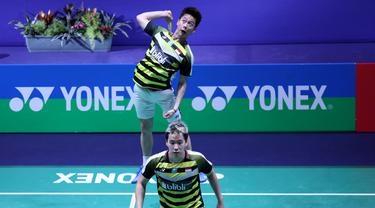 Menang Mudah atas Pasangan Jepang, Kevin/Markus Juara Hong Kong Terbuka 2018