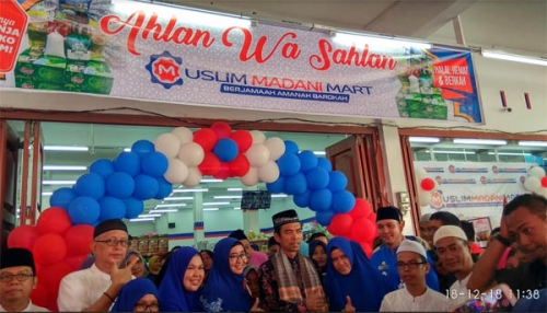 Diresmikan Ustaz Abdul Somad, Cabang Ketiga Muslim Madani Mart Buka di Jalan Bukit Barisan Pekanbaru