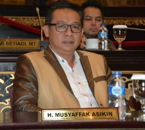 Kebijakan Plt Gubernur Riau Lamban, Kinerja Satker Jadi Melempam