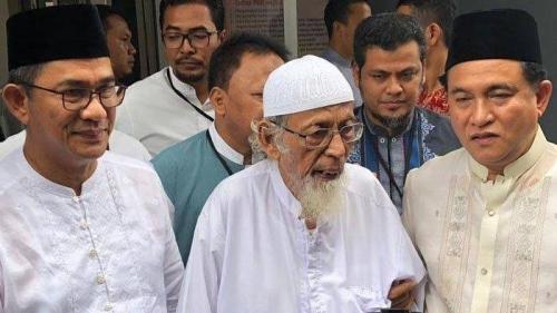 Abu Bakar Baasyir Harusnya Bebas 13 Desember Lalu, Batal karena Menolak Teken Mengaku Bersalah