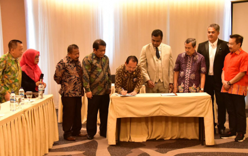 Kembangkan Pariwisata Rupat, Bengkalis Teken MoU dengan Investor Singapura