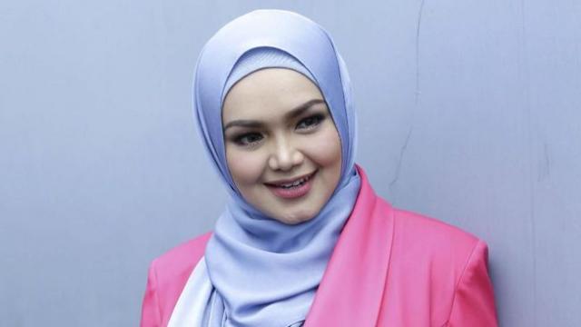 Siti Nurhaliza Melahirkan Anak Kedua di Usia 42 Tahun