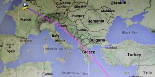 Pesawat EgyptAir MS804 Bermuatan 66 Orang Hilang, Diduga Jatuh ke Laut