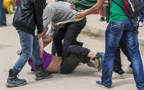 Senggolan di Jalan Raya, Pemotor Tewas Dikeroyok, Temannya Sekarat Kena Tikam