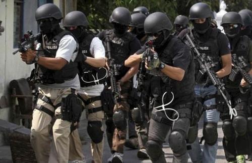 Saat Berbuka Puasa, Densus 88 Grebek Rumah Terduga Teroris