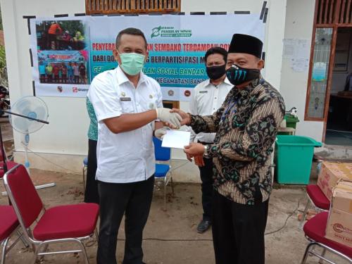 BRK Capem Sungai Pakning Bagikan Paket Sembako untuk Warga Kurang Mampu
