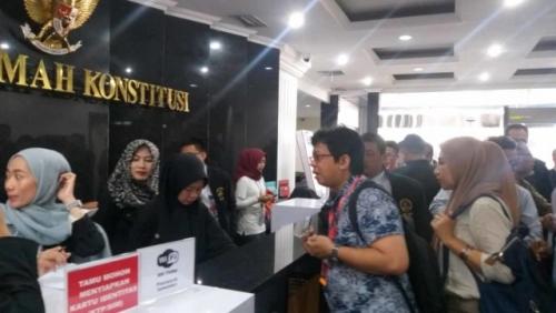 Tim Hukum Prabowo-Sandi Hadirkan Alumni ITB Ahli IT ke MK