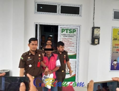 Korupsi Dana Desa Rp576,6 Juta, Salah Seorang Kades di Kuansing Resmi Ditahan