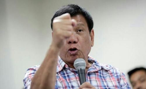 Presiden Filipina Ucapkan Salam Natal Menakutkan