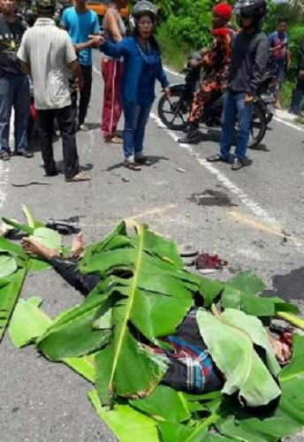 Kecelakaan Maut di Lintas Rengat-Tembilahan, Laga Kambing dengan Truk, Istri Tewas Suami Patah Leher dan Masih Koma