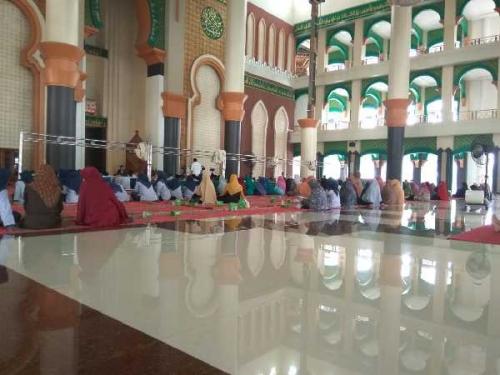 Safari Dakwah TGB di UIN Suska Riau Sepi