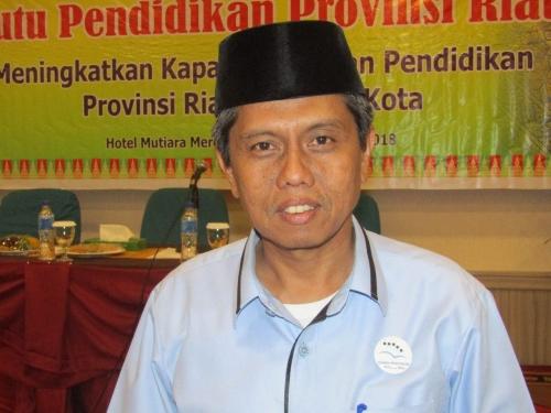 Soal Demo Guru, Dewan Pendidikan Riau Desak Walikota Pekanbaru Cari Solusi