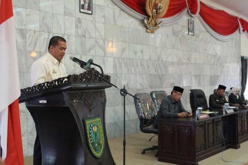 Bupati Inhu Sampaikan LKPJ Akhir Tahun 2014 dan Akhir Masa Jabatan Periode 2010-2015