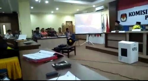 Kinerja Bobrok, KPU Kabupaten Bengkalis Diduga Langgar Kode Etik