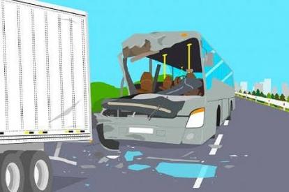 Melesat Kencang di Jalan Tol Pekanbaru - Dumai, Toyota Innova Hantam Mobil Truck Sampai Ringsek