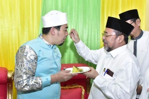 Ustaz Solmed Dapat Kejutan dari Sekda Bengkalis