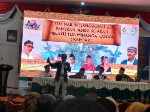 Seminar Sejarah Melayu Tua Minanga Kanwa dalam Rangka KIDBF Buka Mata Hati Masyarakat Kampar