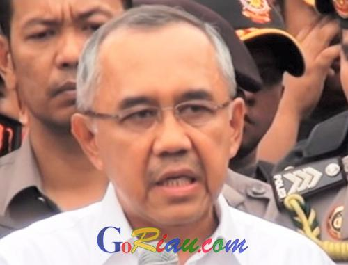 Riau Peringkat Lima Besar Penanaman Modal Dalam Negeri dan Asing Tingkat Nasional