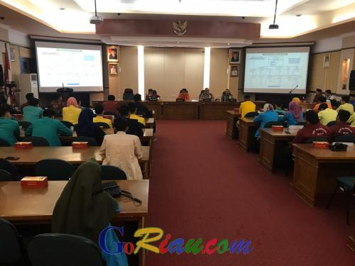 Perwakilan BEM se-Riau Diskusi Langsung dengan Gubri Bahas Penanggulangan Karhutla