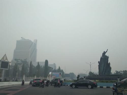 Kabut Asap Makin Tebal, Sebagian Warga Riau Pilih Mengungsi ke Medan