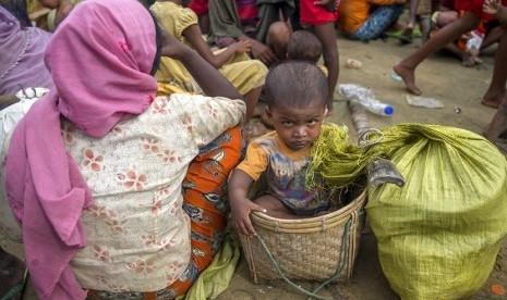 Semua Keluarganya Tewas Ditembak dan Dibakar Militer Myanmar, Gadis Kecil Eva Kini Sebatang Kara