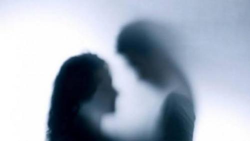 Sepasang Kekasih Mesum di Toilet Masjid, Ketahuan Gara-gara Bocah Terkena Lemparan Kondom