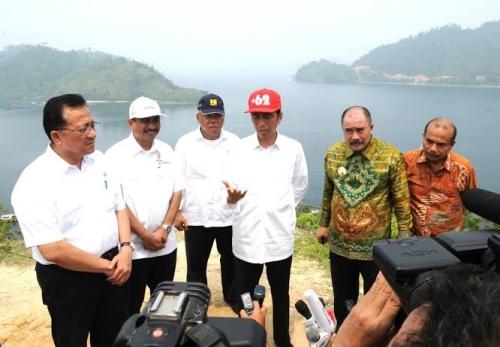 Hasto Akui Persepsi Masyarakat Sumbar dan Aceh Terhadap Jokowi Belum Baik