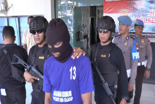 Foto Bugilnya Tersebar di Medsos, Seorang Gadis Laporkan Mantan Pacar ke Polisi