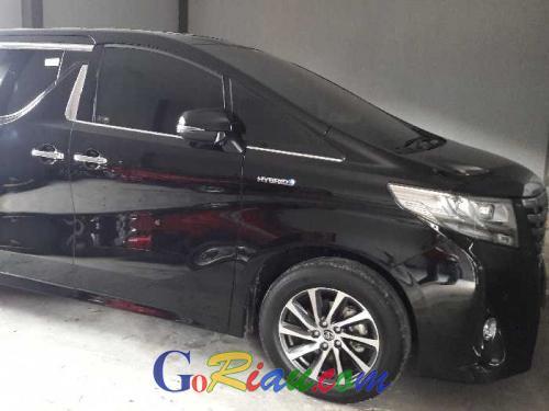 Pembelian Mobil Alphard Rp1,6 Miliar oleh Pemko Dumai Dinilai Tidak Tepat