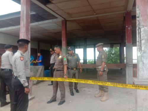 Pasar Ikan Teluk Belitung Dipasang Police Line