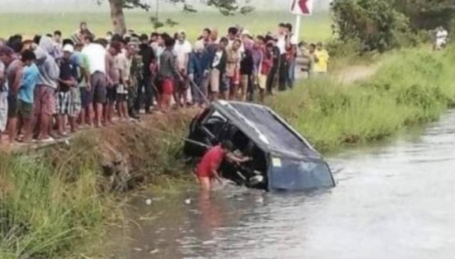 Mobil Terjun ke Sungai, 13 Orang Tewas, 7 Anak-anak