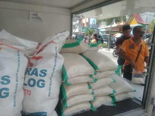 Gula Pasir Diserbu Pembeli Pasar Murah Dumai