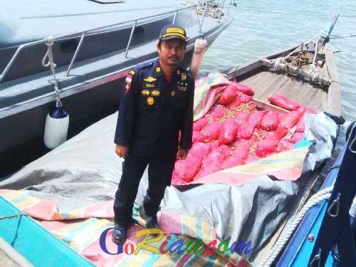 Bea Cukai Dumai Kembali Gagalkan Penyelundupan Bawang Merah Ilegal Asal Malaysia, Kali Ini 12 Ton