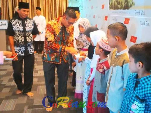 Sambut Ramadan dan Pererat Tali Persaudaraan, Hotel Grand Zuri Dumai Bukber dengan Anak Yatim Piatu
