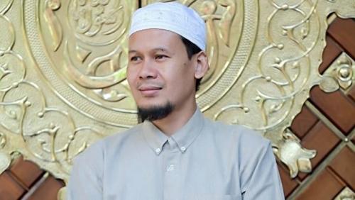 Ustaz Rahmat Baequni Ditangkap