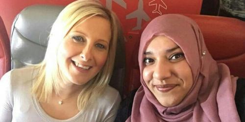 Wanita Bule Ini Takut Duduk di Sebelah Muslimah Berjilbab di Pesawat, Ternyata . . . .