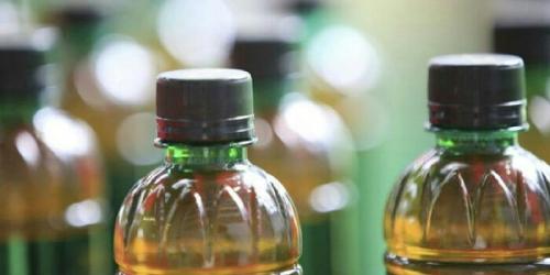 Waspadalah, Sering Minum Teh Kemasan Bisa Sebabkan Anak Kencing Darah, Ini Buktinya