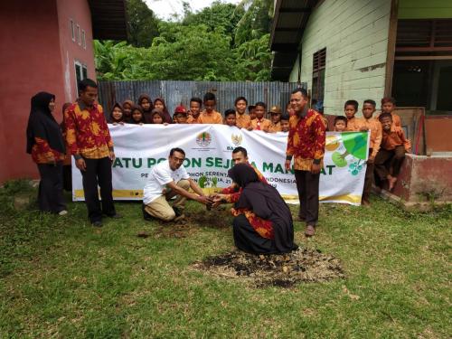 Peringati Hari Pohon Sedunia, Baznas Kepulauan Meranti Taja Aksi Peduli Alam Penanaman Pohon Serentak Seluruh Indonesia