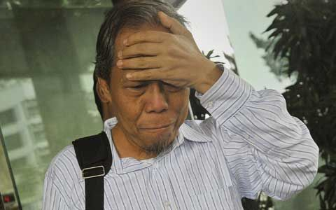 Jadi Saksi Kasus Kehutanan Rusli Zainal, Syuhada Tasman Gunakan Kursi Roda